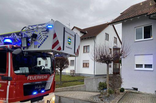 Pfanne mit Öl fängt Feuer – 10.000 Euro Schaden