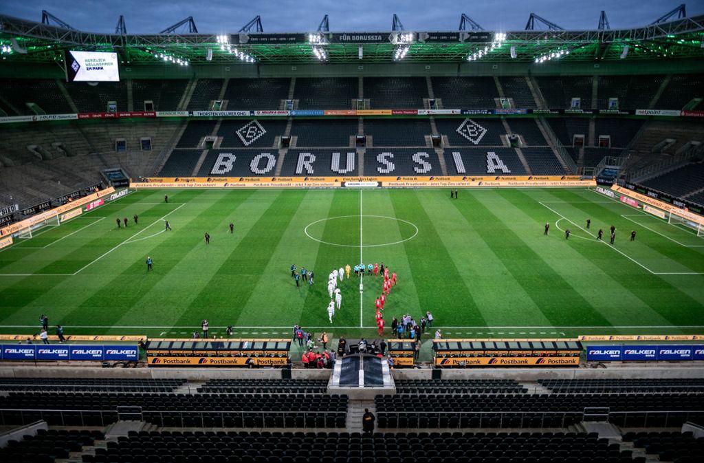 Im leeren Borussia-Park sollen Pappkameraden aufgestellt werden. Foto: picture alliance/dpa/Fabian Strauch