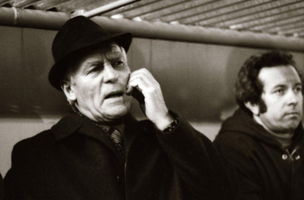 ... es übernahm Albert Sing (links, mit Co-Trainer Fritz Millinger). Foto: Pressefoto Baumann