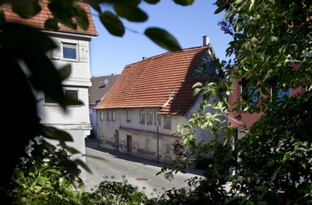 Dieses Haus in der Linsenhofer Straße gibt es umsonst. Foto: Horst Rudel