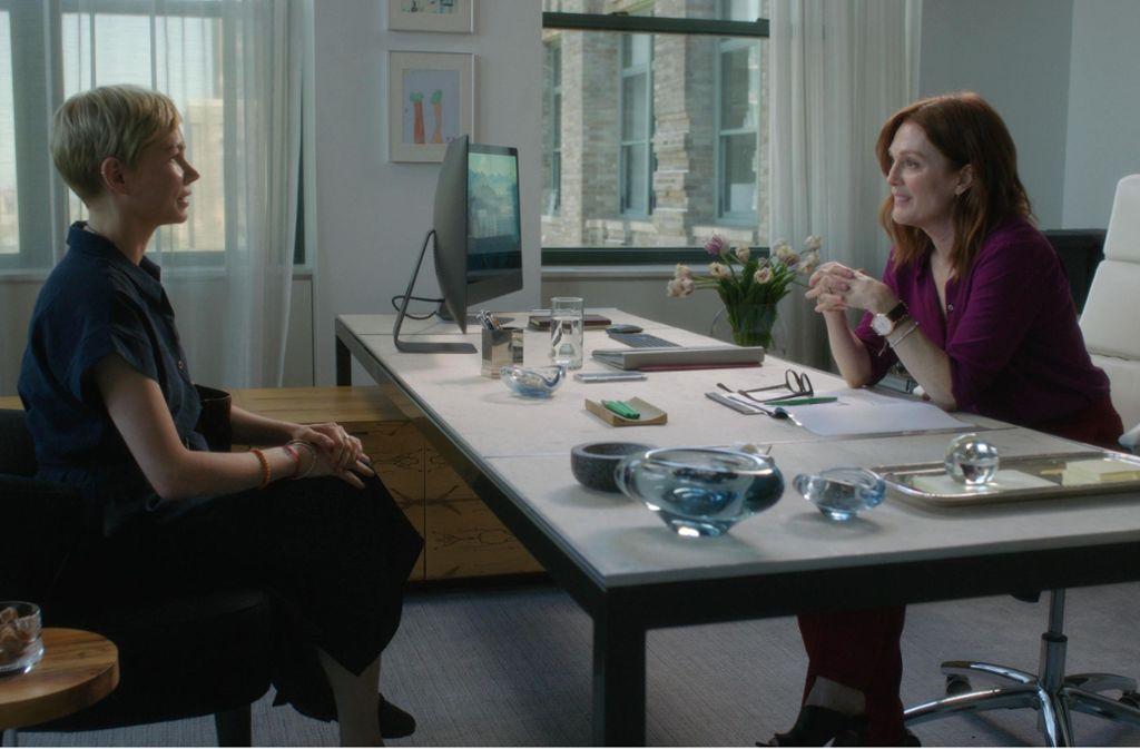 """Michelle Williams (links) und Julianne Moore in """"After the Wedding"""" Foto: Verleih/Elizabeth Fisher"""