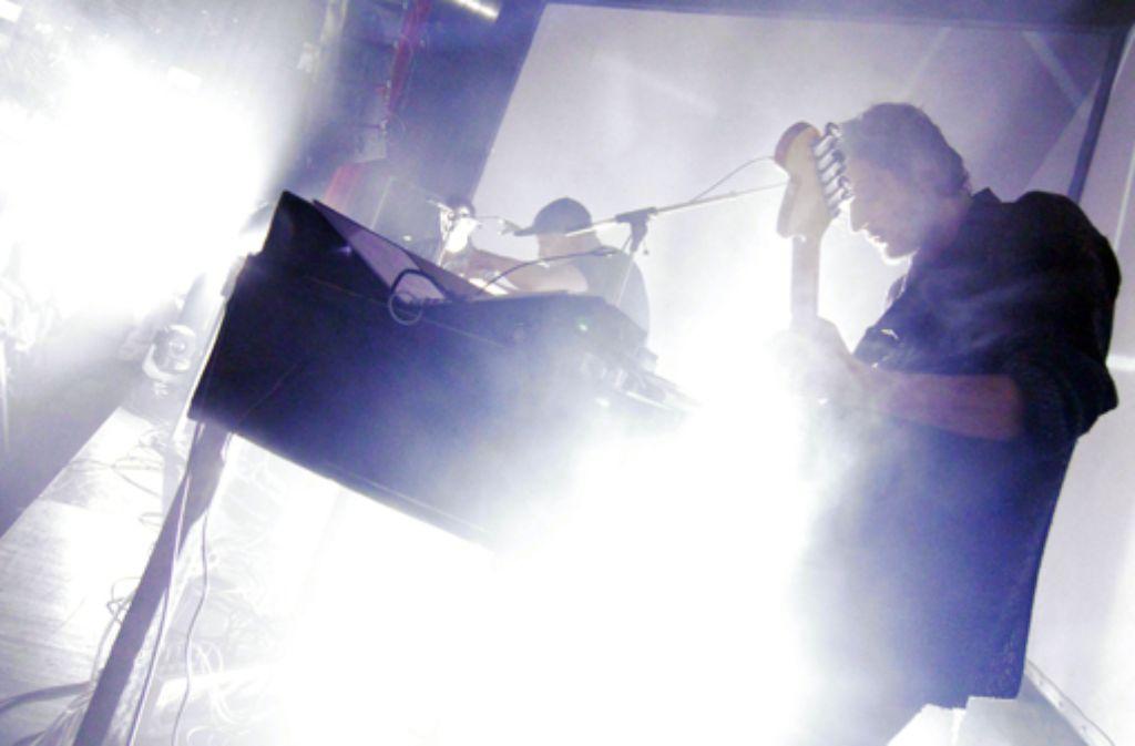 Moderat haben im ausverkauften LKA in Stuttgart mit tollem Sound für Club- und Konzertgänger gleichermaßen was im Programm gehabt. Bilder vom Sonntagabend zeigen wir in der folgenden Fotostrecke. Foto: Jan Georg Plavec