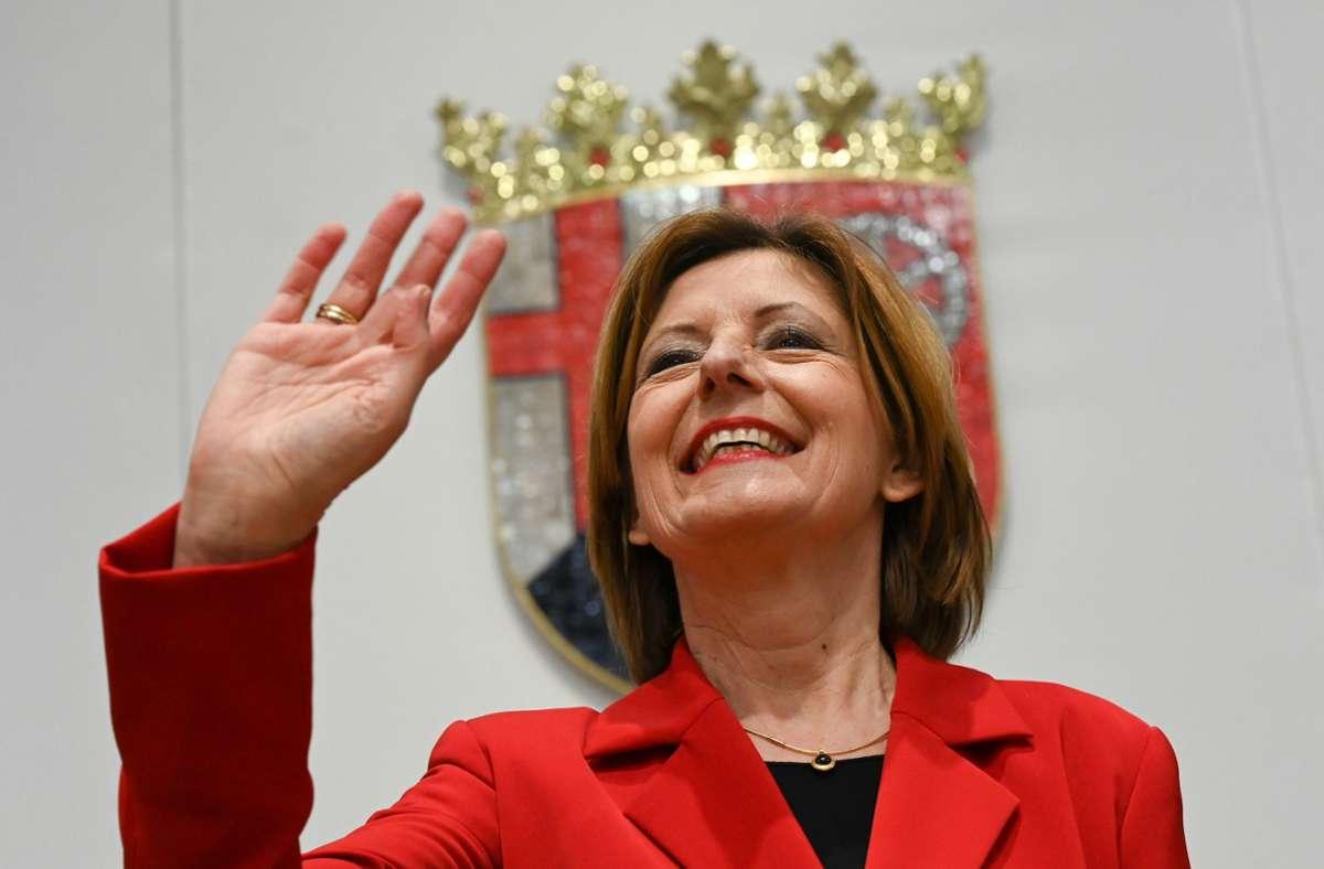 Malu Dreyer freut sich über die Koalitionsverhandlungen. Foto: dpa/Arne Dedert
