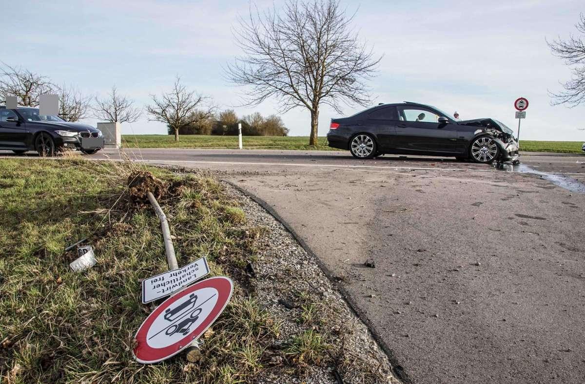 Schwerer Unfall bei Verkehrskontrolle in Darmsheim Foto: SDMG