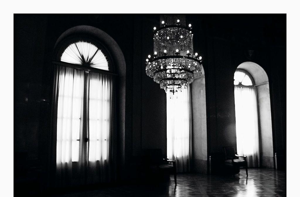 """Diese Aufnahme ist im Ordenssaal des Residenzschlosses entstanden. Ihr  Titel lautet: """"out of the dark your light shines"""" Foto: Emily"""