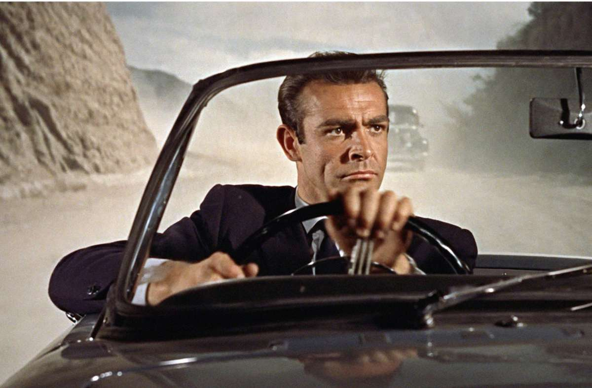 "Sean Connery als James Bond in ""James Bond jagt Dr. No"" (1962) Foto: imago/MGM/Prod.DB"