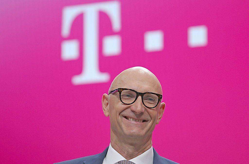 Tim Höttges stellt sich bei der Daimler-Hauptversammlung zur Wahl. Foto: dpa/Oliver Berg