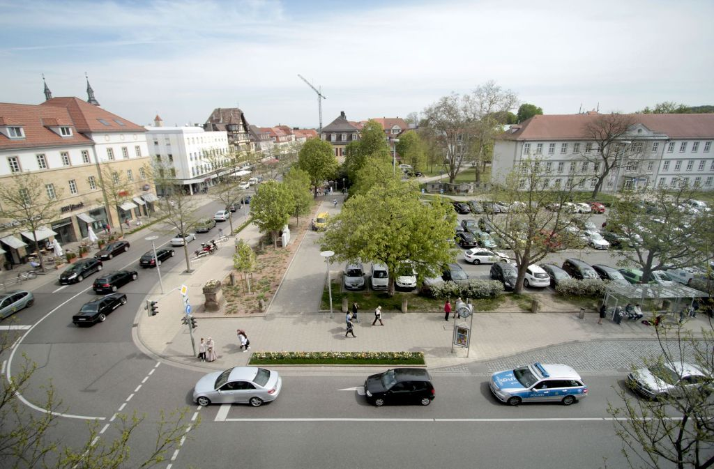 Der Arsenalplatz soll autofrei werden – doch wo sollen Parkplätze entstehen? Foto: FACTUM-WEISE