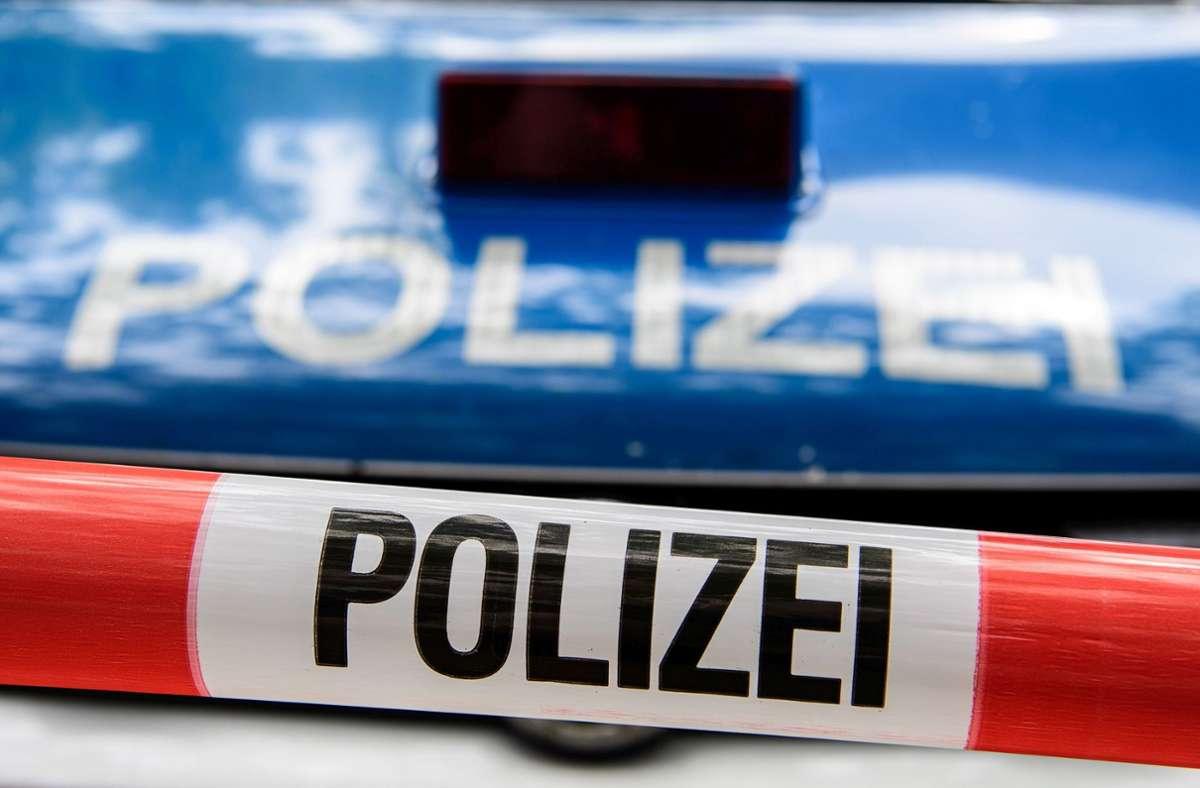 Unfall mit hohem Sachschaden auf der Autobahn bei Leonberg. Foto: Eibner-Pressefoto/Schueler/Eibner-Pressefoto