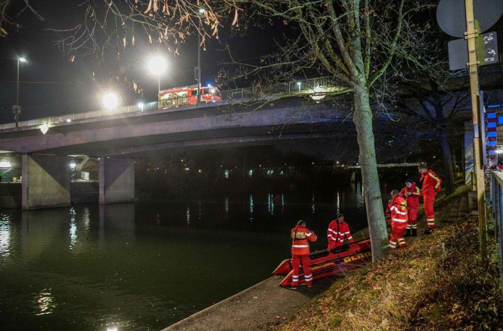 Insgesamt rund 50 Einsatzkräfte waren bei der Suche nach dem Mann im Neckar im Einsatz. Foto: SDMG/ Kohls