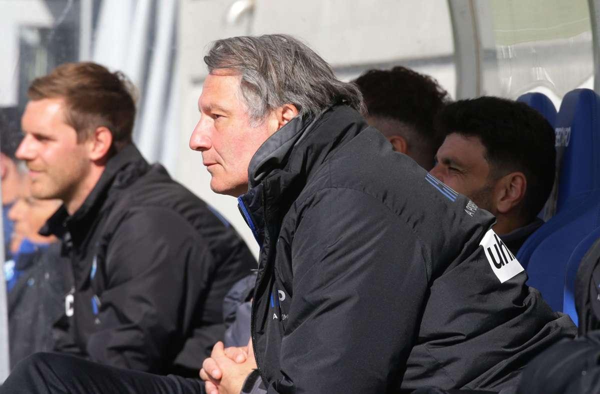 Kickers-Sportchef Lutz Siebrecht kann einen weiteren Neuzugang präsentieren. Foto: Pressefoto Baumann/Hansjürgen Britsch