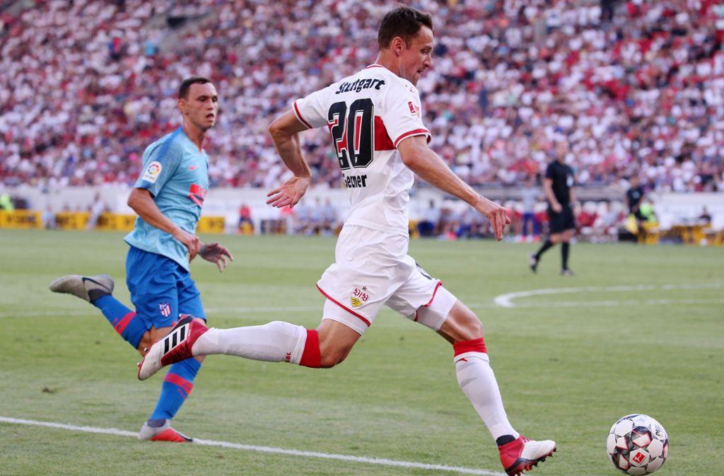 Christian Gentner will weiter für den VfB am Ball bleiben. Foto: Baumann
