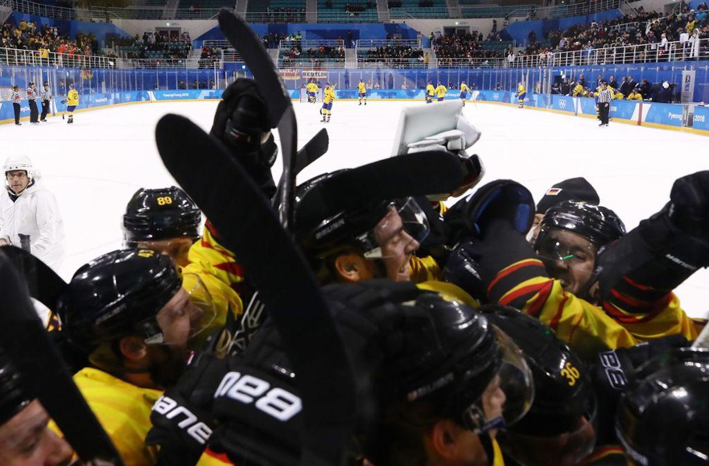 Zum ersten Mal seit 1976 könnte sich das deutsche Eishockey-Nationalteam bei Olympia über eine Medaille freuen. Foto: Getty