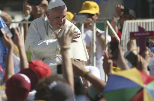Papst fordert offene Türen für Migranten