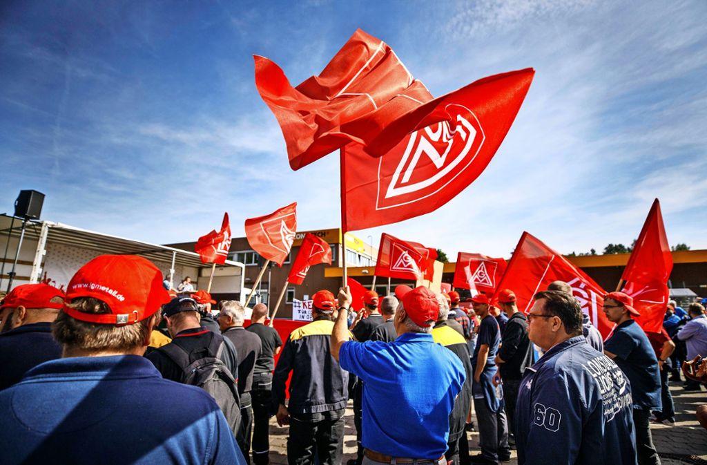 Im Rems-Murr-Kreis protestiert die IG Metall derzeit gegen die Schließung des Conti-Werks in Oppenweiler. Foto: Gottfried Stoppel/Archiv