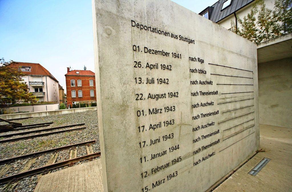 """Die Gedenkstätte """"Zeichen der Erinnerung"""" dokumentiert die Deportationen von Stuttgart in die Konzentrationslager. Foto: Achim Zweygarth"""