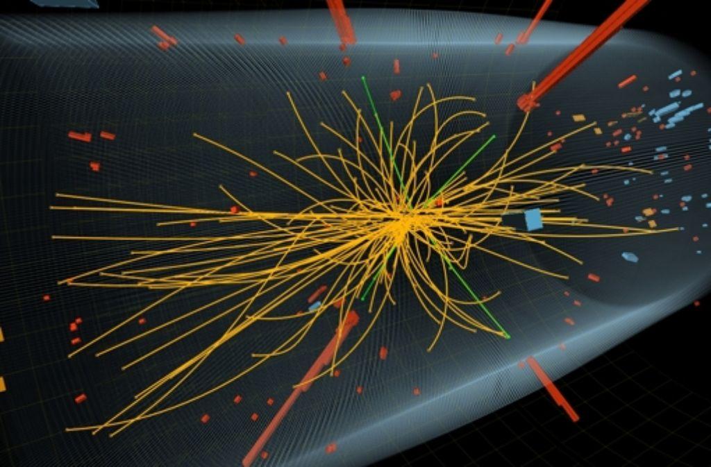 Die Teilchenkollisionen ergeben bunte Bilder, in denen die Flugbahnen der Bruchstücke dargestellt werden. In diesem Bild aus dem Detektor CMS haben die Physiker Hinweise auf das Higgs-Teilchen entdeckt. Foto: Cern
