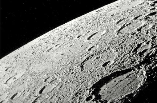 Der Planet Merkur quert die Sonne