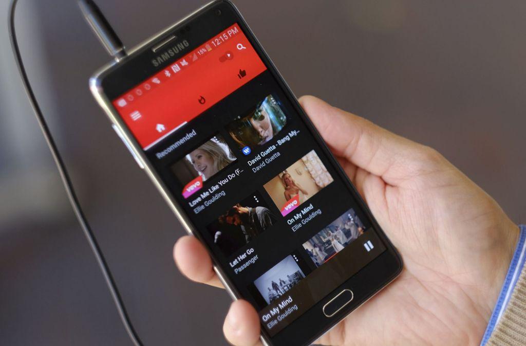 Youtube Music kann nun auch in Deutschland genutzt werden. (Symbolfoto) Foto: AP