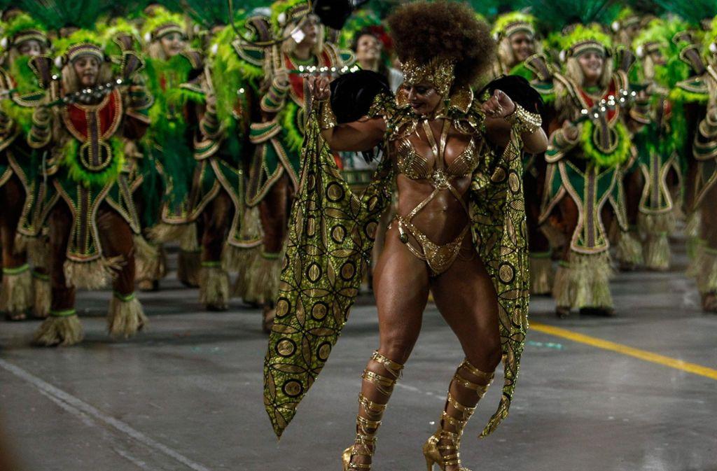 In Rio und São Paulo ließen es die Sambaschulen krachen. Foto: AFP