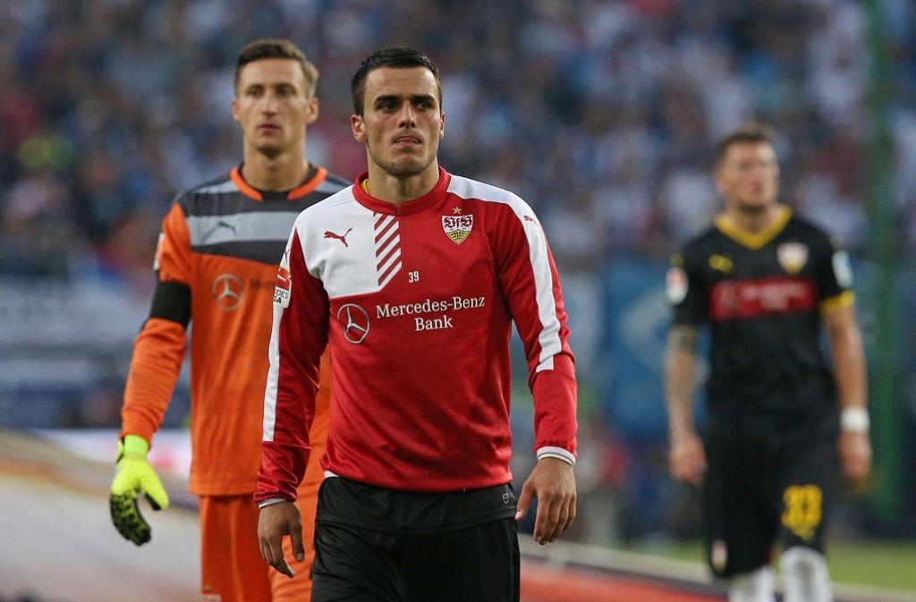 Abnehmer gesucht: Der VfB will Przemyslaw Tyton (li.) und Filip Kostic möglichst gewinnbringend verkaufen Foto: Baumann
