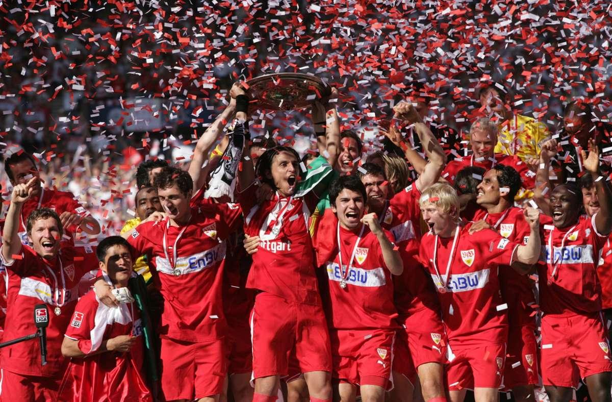 Als der Jubel keine Grenzen kannte: Der VfB feiert 2007 den großen Triumph. Foto: Baumann