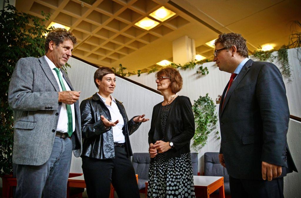 Das neue Schulleitungsquartett:  Wolfgang Mack, Stephanie Geymann, Renate Fischer-Espey und Axel Bernd Kunze (von links). Foto: Gottfried Stoppel