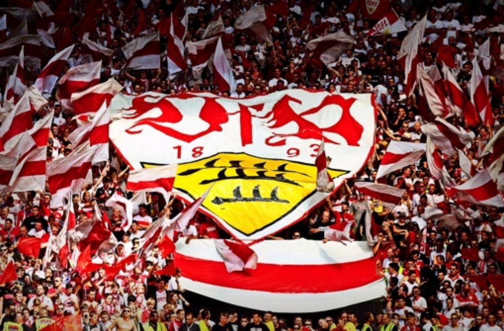 Für die Fans ist klar: der VfB soll wieder zur großen Nummer werden – über das Wie gibt es aber unterschiedliche Auffassungen. Wer alles als Kandidat diskutiert wurde,   zeigen wir in unserer Bilderstrecke. Foto: Baumann