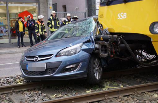 Erneut Kollision zwischen Auto und Stadtbahn