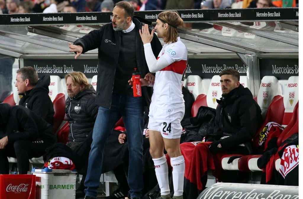 Gut möglich, dass VfB-Trainer Pellegrino Matarazzo von Beginn an auf Borna Sosa setzt. Foto: Baumann