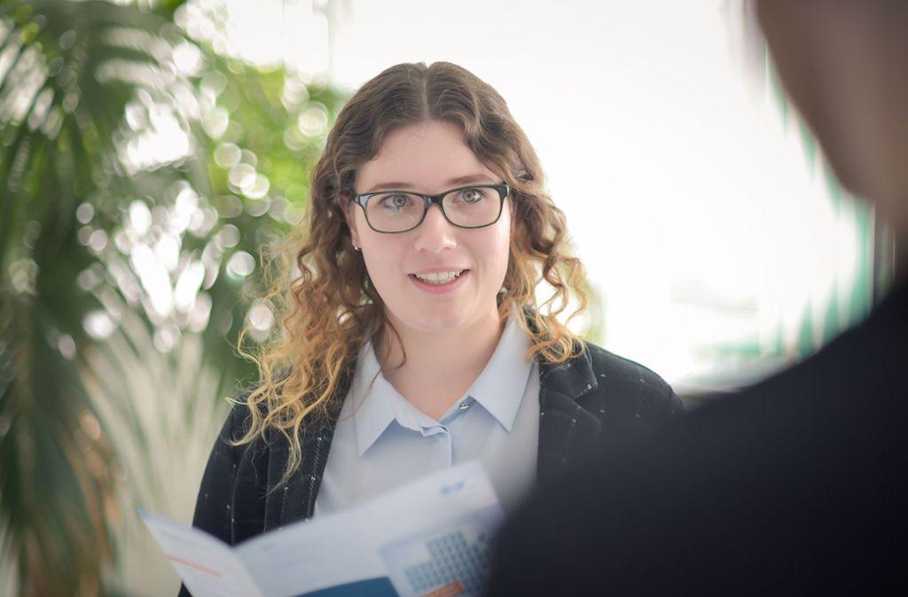 Versicherungskauffrau Annika Binder gehört zu den besten Azubis der Republik. Foto: Lg/Max Kovalenko