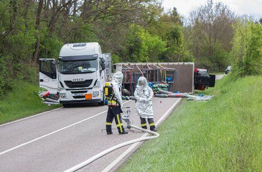 Gefahrgutunfall führt zu Verkehrschaos