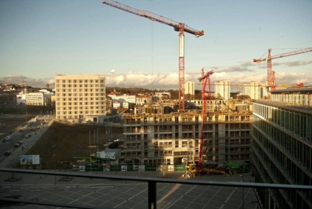 Die Pariser Höfe (unser Archivbild zeigt den Bauzustand von Anfang Januar 2012) bieten Platz für Büros und Foto: Zweygarth