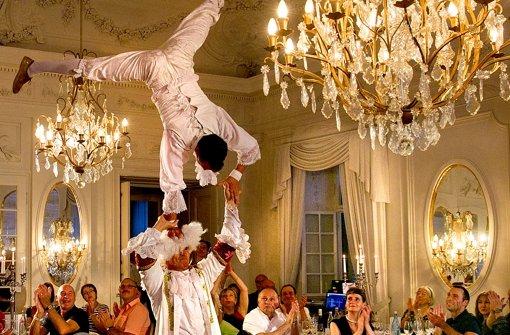 Akrobatik im Spiegelsaal