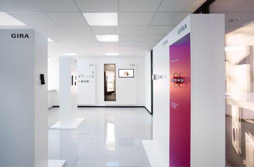Im Gira Revox Showroom erleben Besucher die Symbiose aus Funktion und Design.