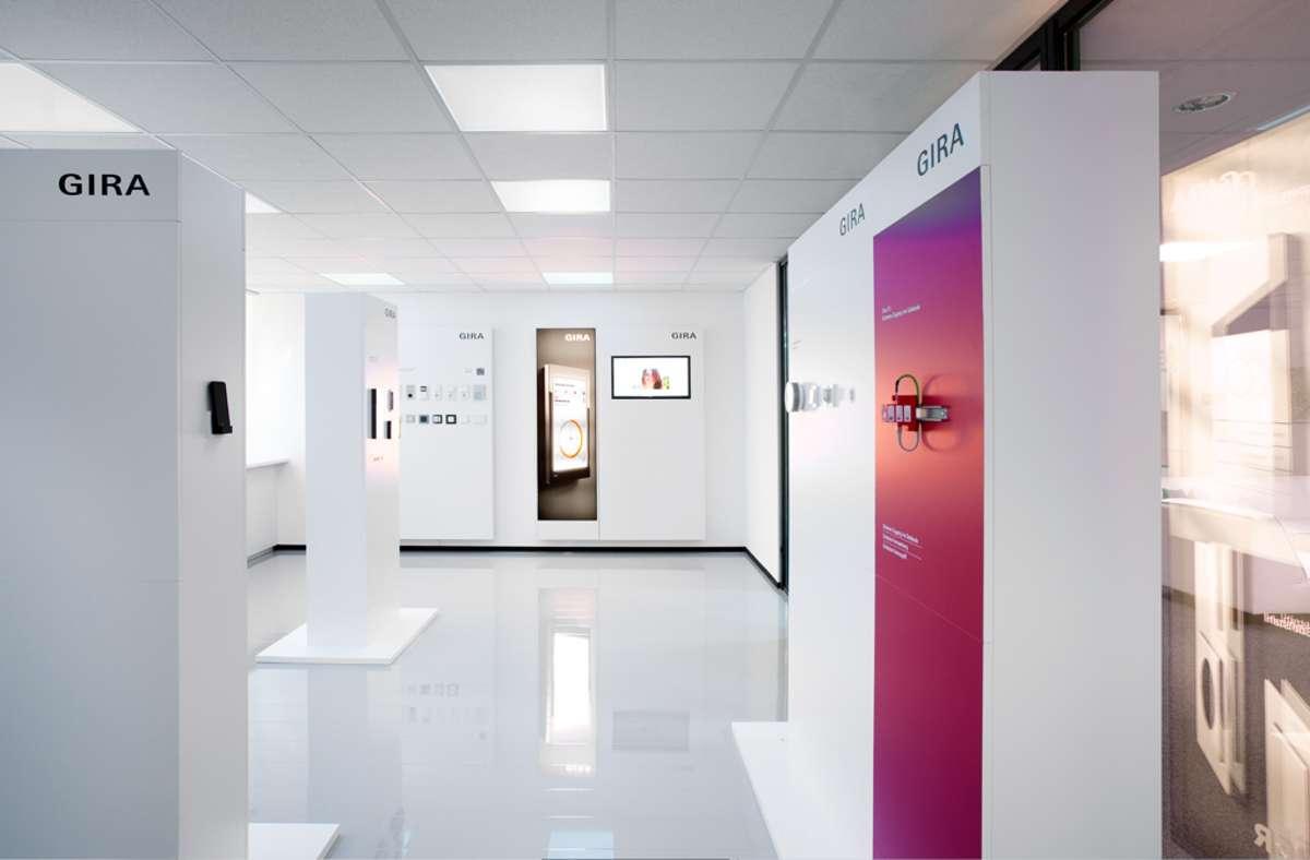 Im Gira Revox Showroom erleben Besucher die Symbiose aus Funktion und Design.  Foto: Gira