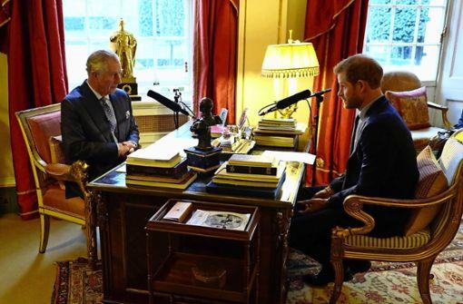 Dreht  Charles  dem Sohn  den Geldhahn zu?