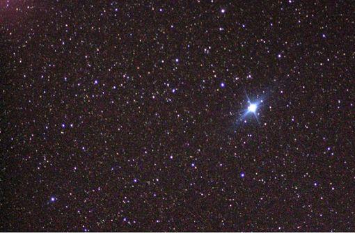 Diese Sterne geben Orientierung am Nachthimmel