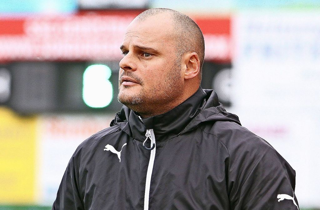Letzter Auftritt? Zwischen dem TSV Bernhausen und dessen Trainer Peter Weinmann stehen die Zeichen auf Trennung. Foto: Yavuz Dural