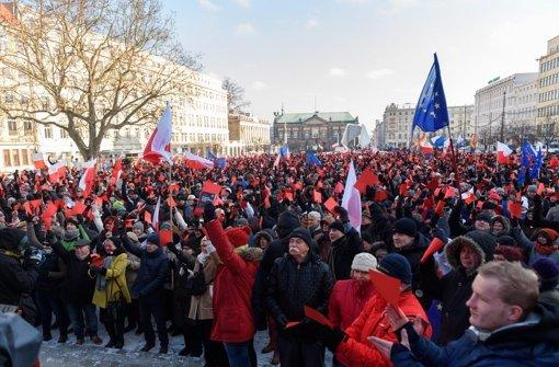 Nicht nur in Europa, sondern auch in Polen selber gibt es heftige Kritik am Kurs der neuen Regierung. Foto: PAP
