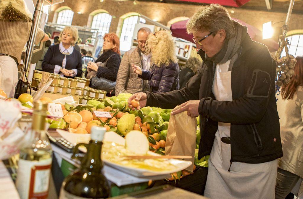 Bei der Kulinart im Römerkastell gibt es regionale und überregionale Spezialitäten. Foto: www.7aktuell.de | Andreas Friedrichs