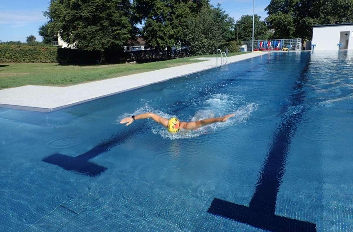 Ein ersten Testschwimmer  Foto: Anja Geldner