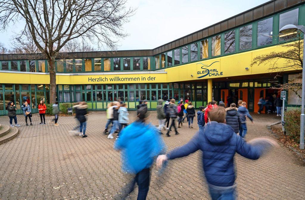 Die Gemeinschaftsschule in Schwieberdingen ist die drittgrößte im Land – und bietet Stoff für sehr jede Menge Streit. Foto: factum/Archiv