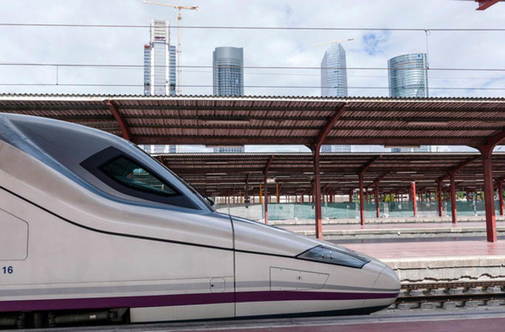 Madrids Norden wird zur Großbaustelle:  Das Viertel rings um den Fernbahnhof Chamartín wird umgebaut. Foto: Mauritius/Alamy /Architecture2000