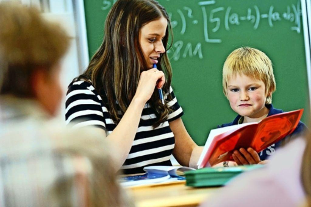 Mit Unterrichten allein ist es nicht getan, Lehrer sind immer mehr auch als Bezugspersonen gefragt. Foto: Bildmaschine/Wodicka