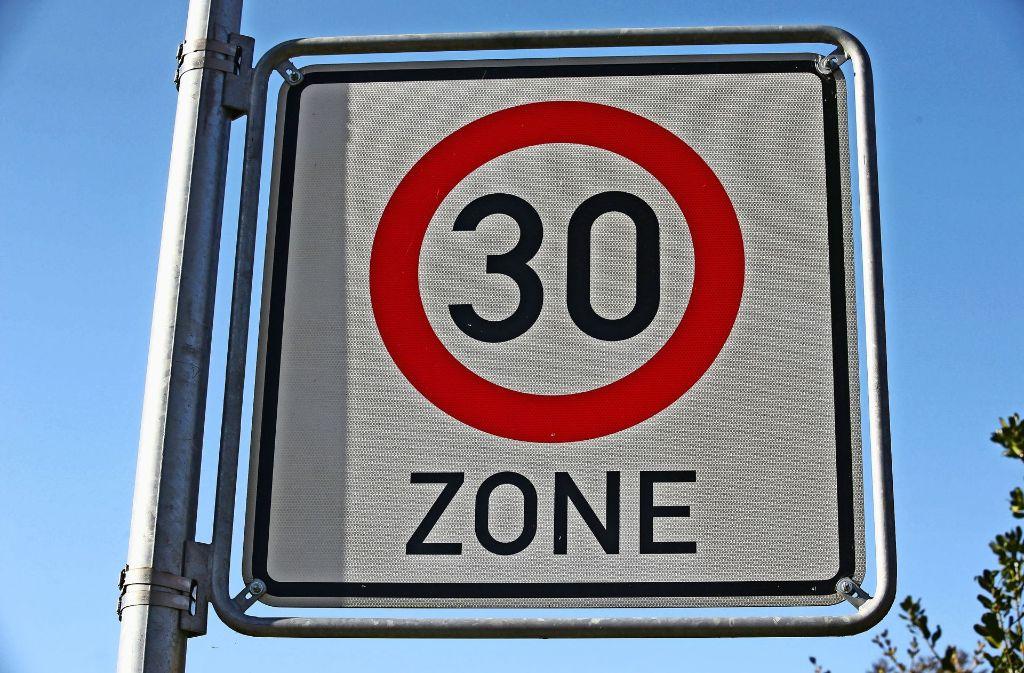 Mehr Tempo 30, an manchen Stellen auch nachts, soll Filderstadts Bürger vor Verkehrslärm schützen. Foto: dpa-Zentralbild