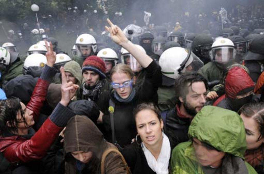 Der Polizeieinsatz am 30. September beschäftigt nach wie vor die Politik. Foto: dapd