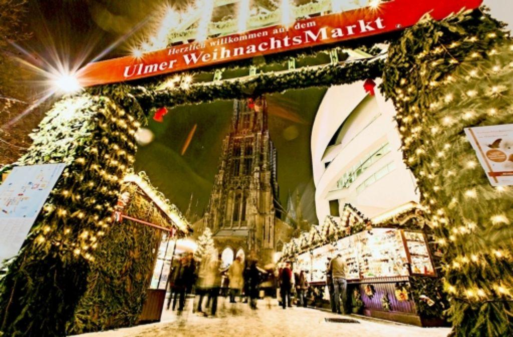 Vielleicht noch ein schneller Kandidatenauftritt beim Weihnachtsmarkt, dann ist OB-Wahl in Ulm. Foto: Ulm/Neu-Ulm Touristik GmbH