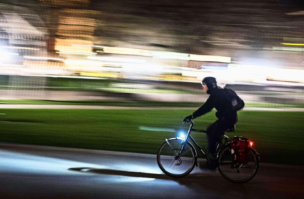 Platz für Radfahrer ist vielerorts noch Mangelware. Foto: Lichtgut/Max Kovalenko