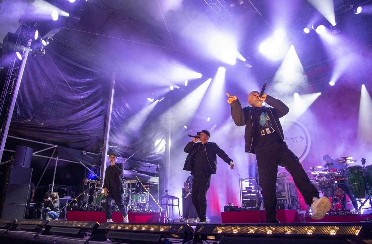 Die Fanta Vier rocken die Bühne und positionieren sich gegen Populismus. Foto: Martin Stollberg